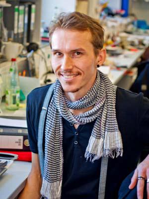 Dr. David Eisen