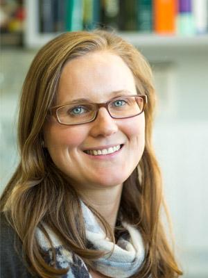 Dr. Anna-Skrollan Geiermann